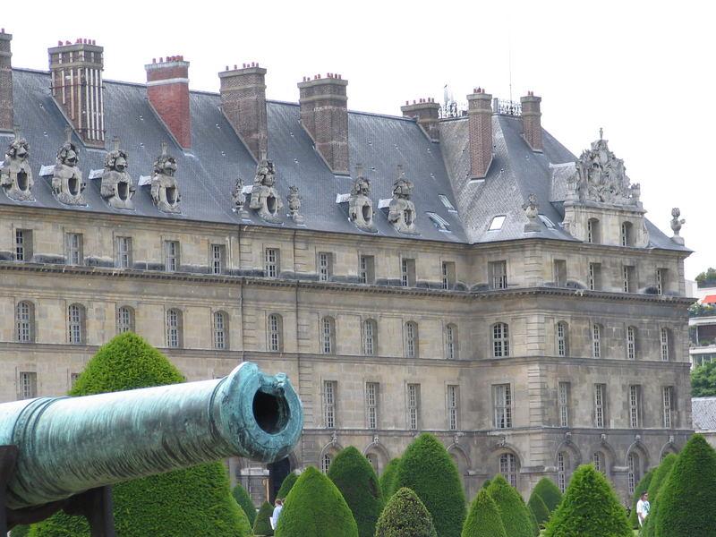Am Invalidendom - Paris