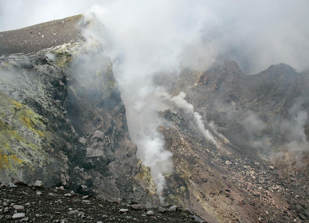 Am Kraterrand des Ätna (Sizilien)
