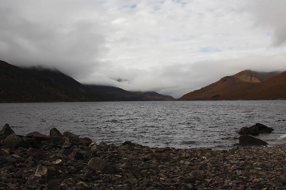 am Loch Mullardoch ....