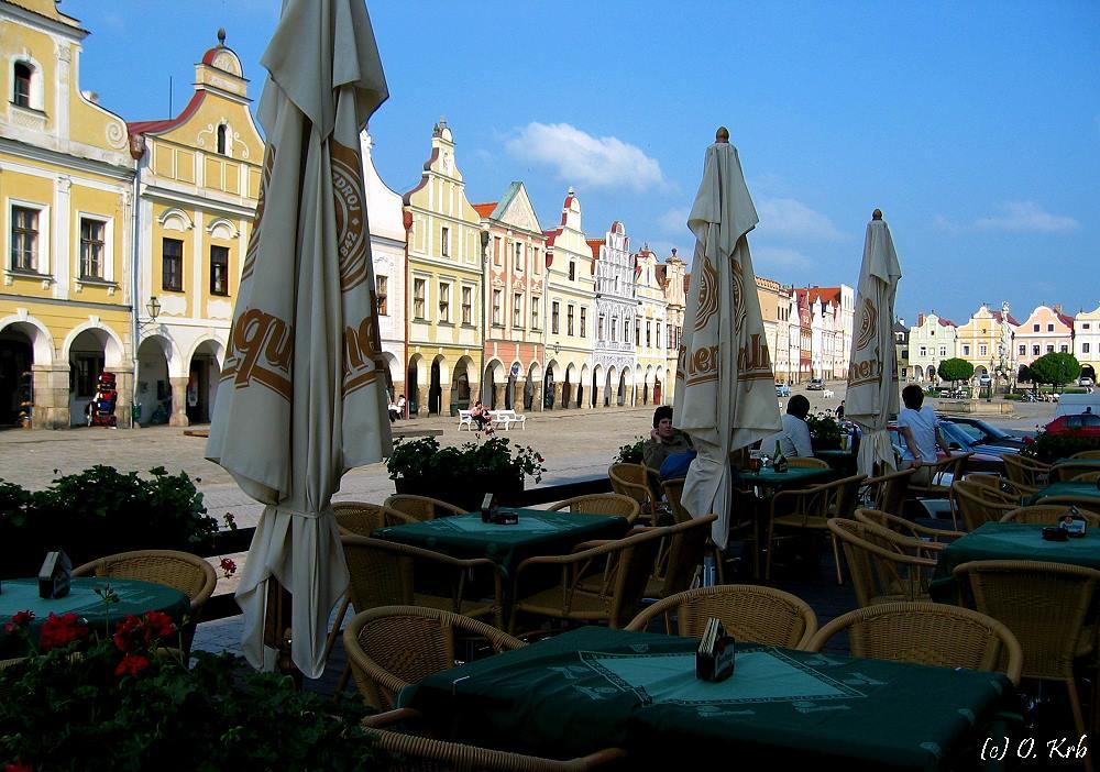 Am Marktplatz von Telc...