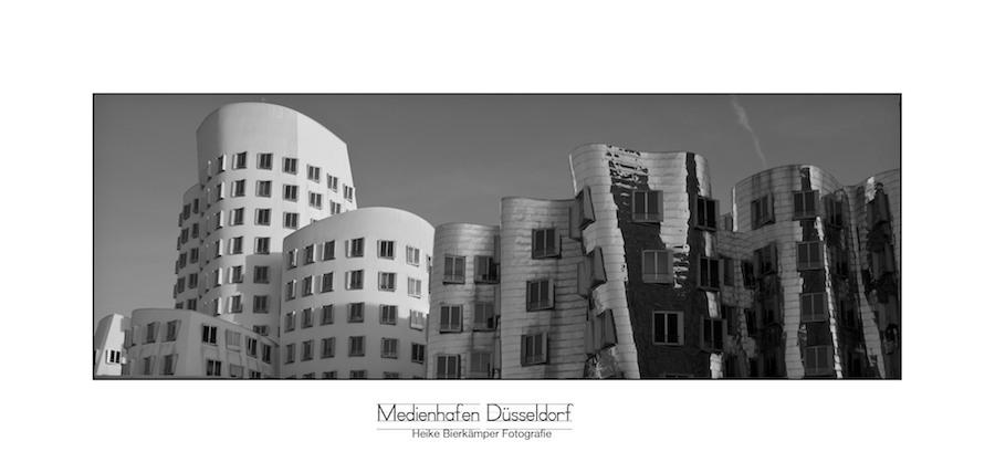 Am Medienhafen Düsseldorf