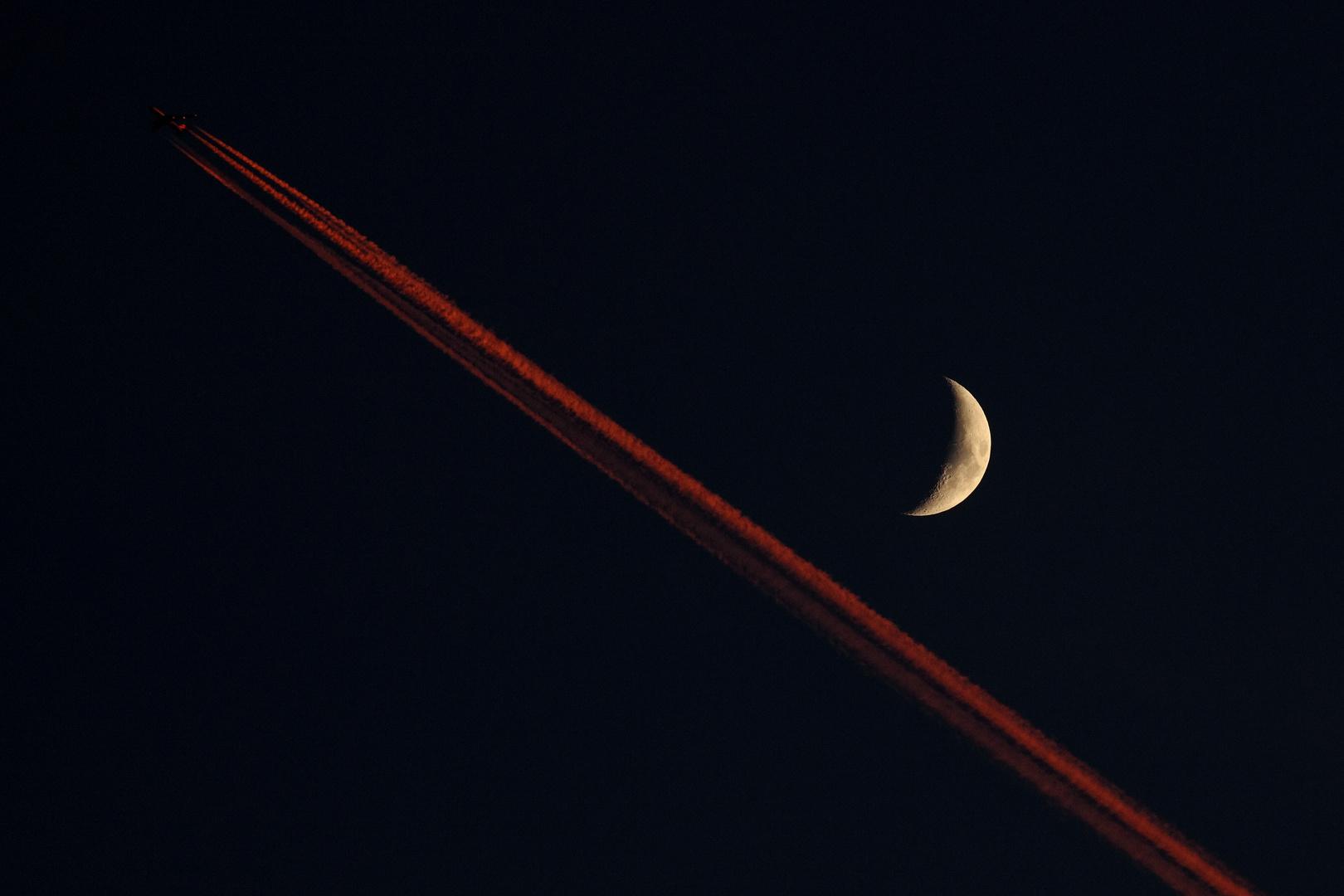 ... am Mond vorbei