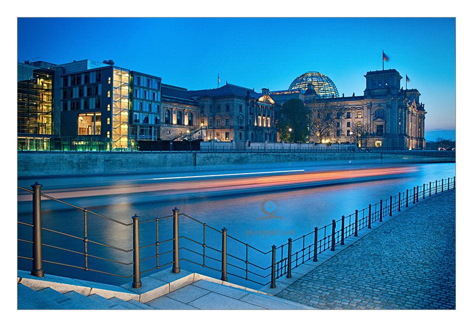 Am Reichstag vorbeigerauscht