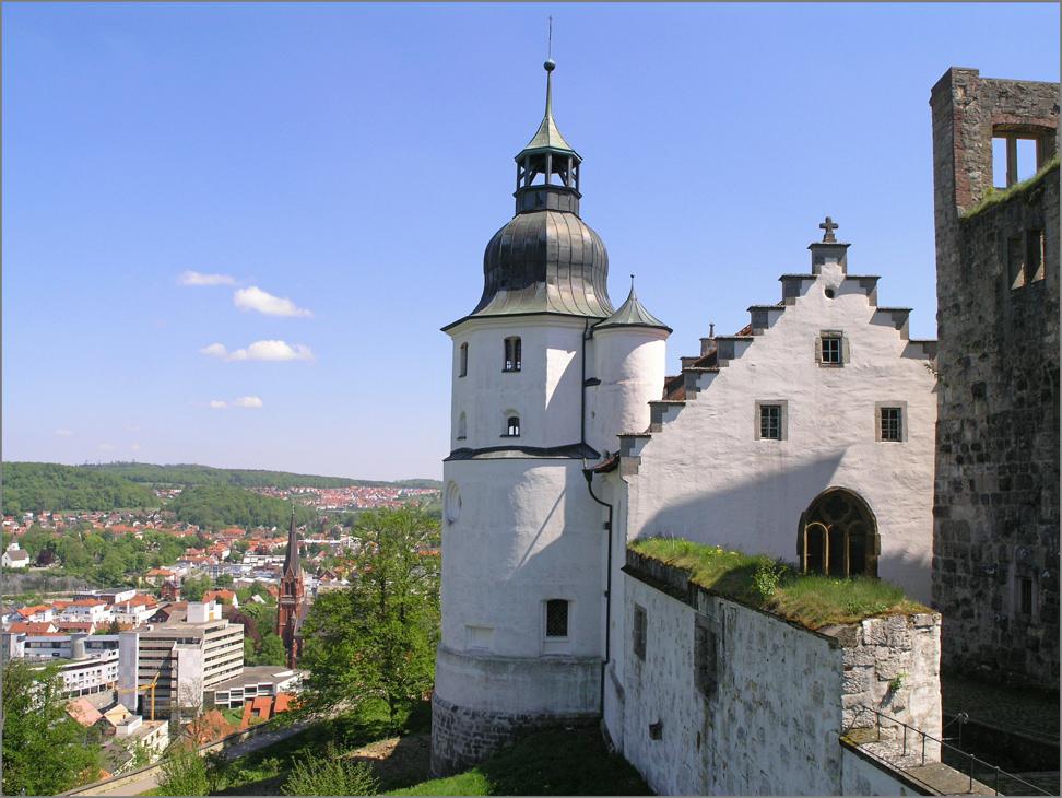 Am Schloss Hellenstein