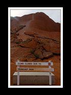 Am Uluru 04