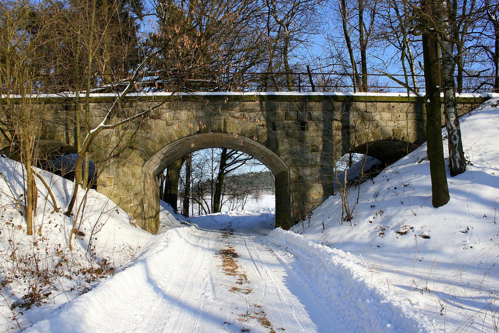 Am Viadukt