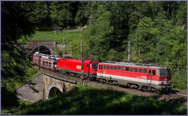Am Weberkogel Tunnel.