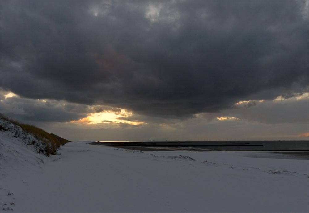 Am weißen Strand von Borkum