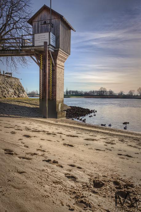 am Zollenspieker Fährhaus an der Elbe