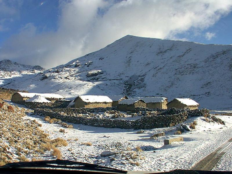 Amanecer con nieve en Misicuni, Cochabamba
