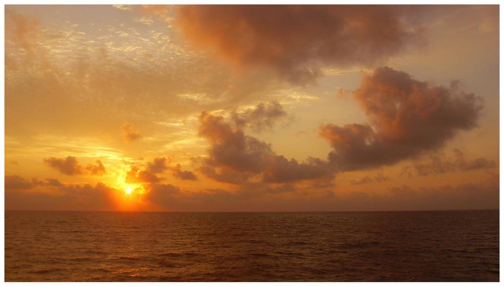 Amanecer en el Golfo