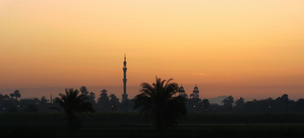 Amanecer en el Nilo (Egipto)