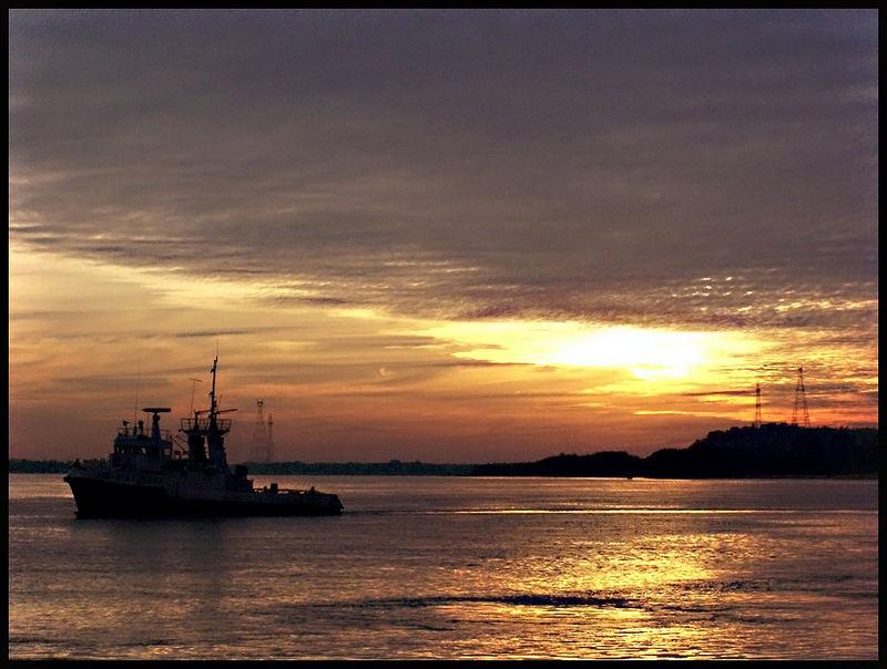 Amanecer en el puerto 2