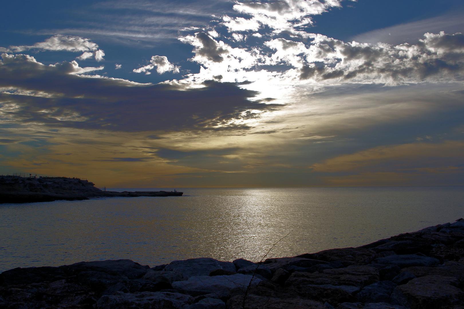 Amaneciendo desde la Isleta de Campello