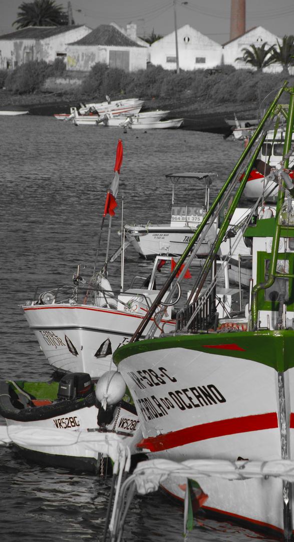 amarrados a puerto