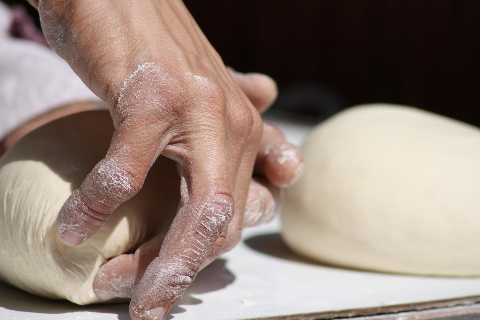 Amasando pan