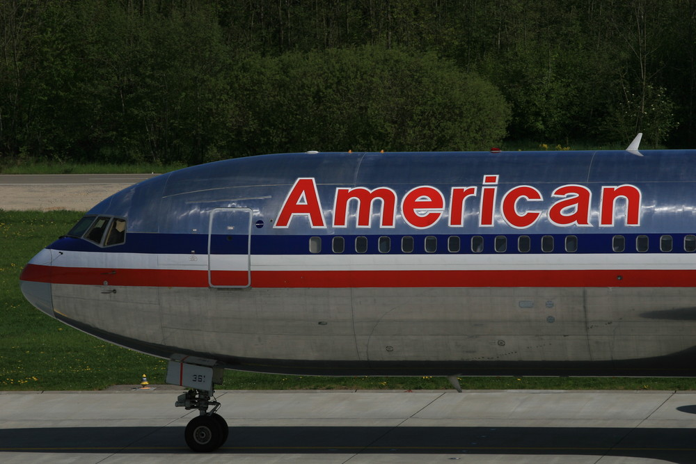 American Airlines - Boeing 767-323(ER)
