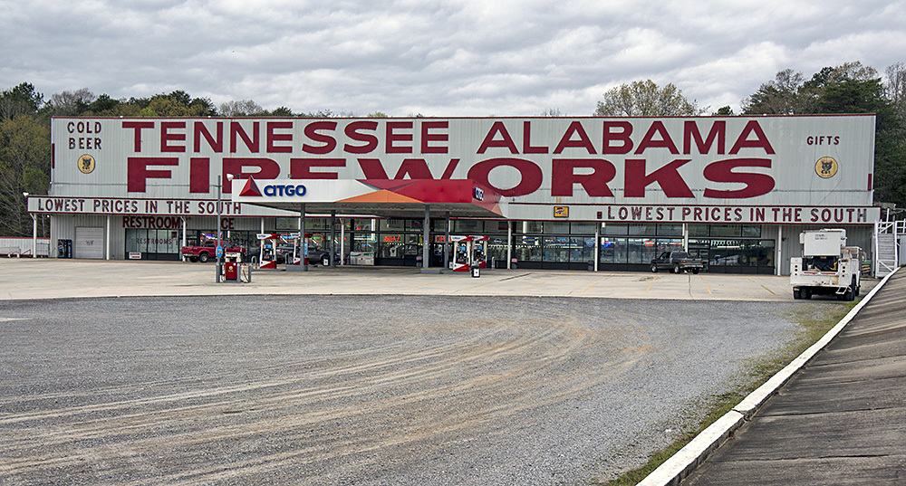 Americana: Tennessee Alabama Fireworks