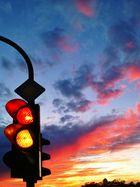 Ampel vor Sonnenuntergang