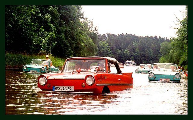 Amphibienfahrzeuge im Havelland