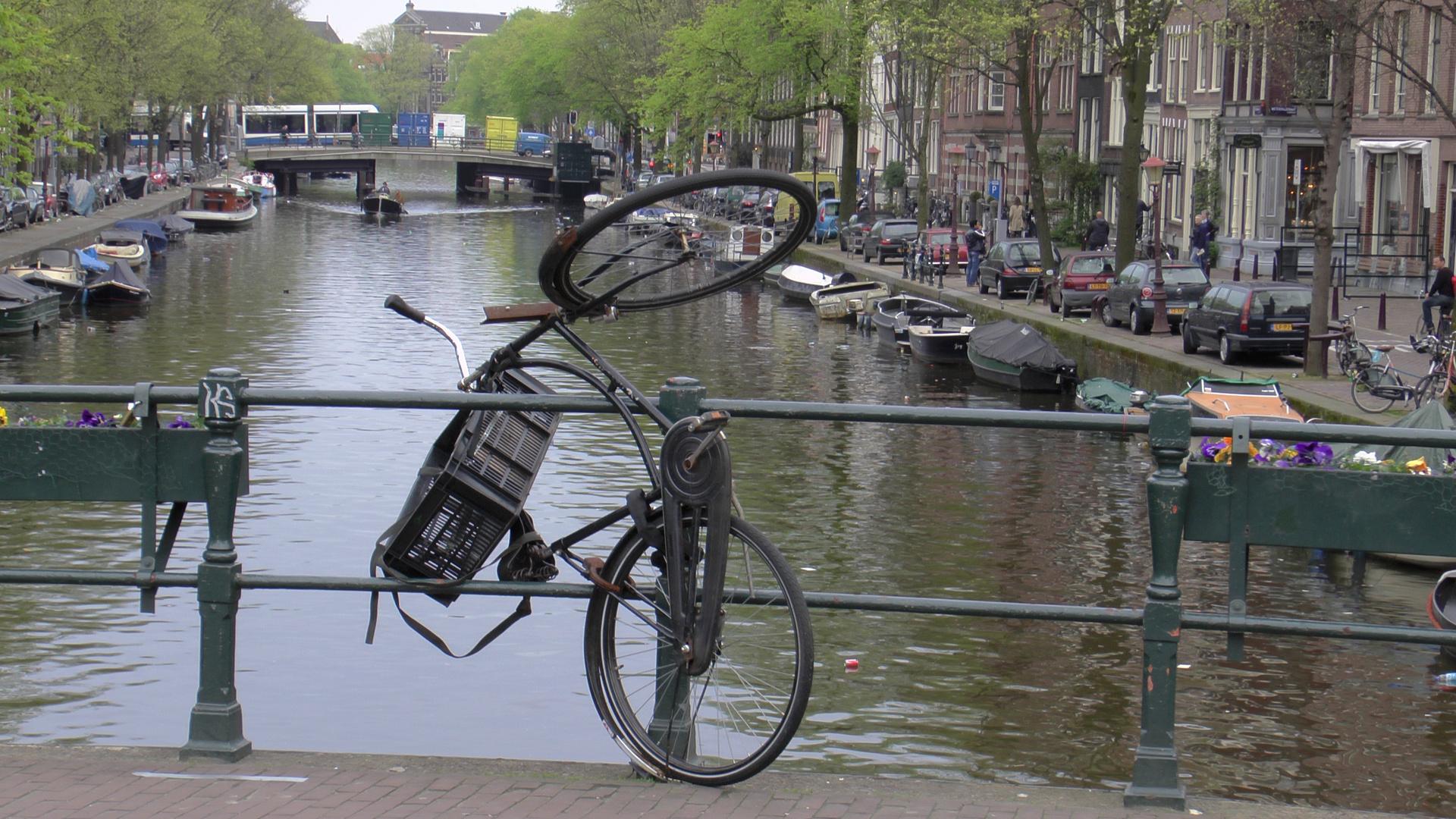 Amsterdam 12