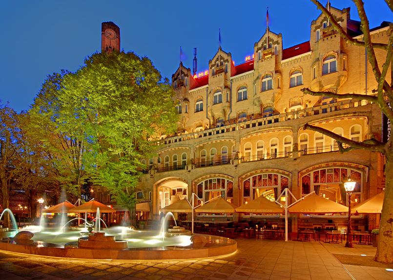 Amsterdam @Night IV American Hotel