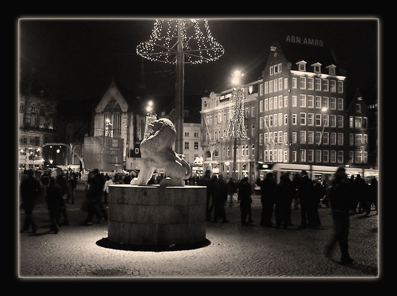 - Amster.Dam - The square..!