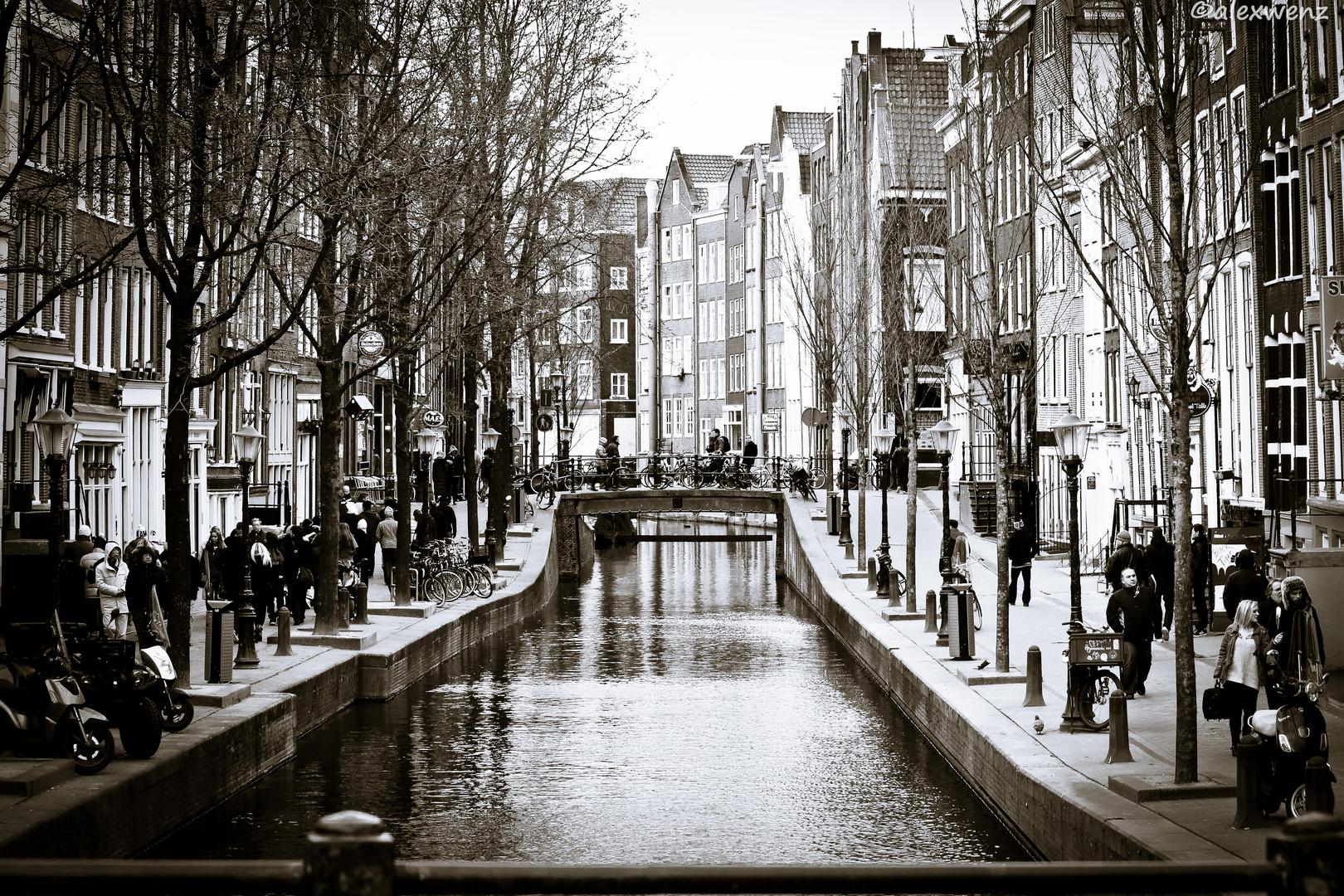 Amsterdammer Brücken 1