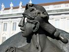 Amtsgericht Ansbach mit Skulptur