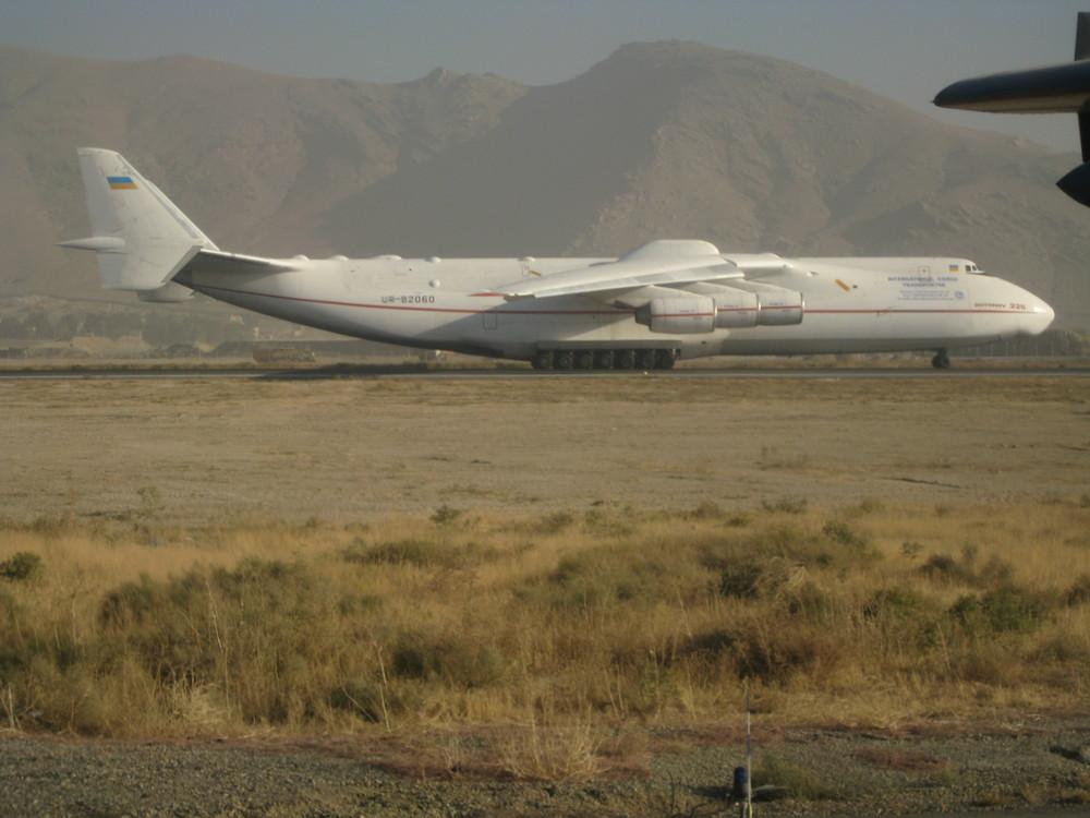 AN-225 Seite