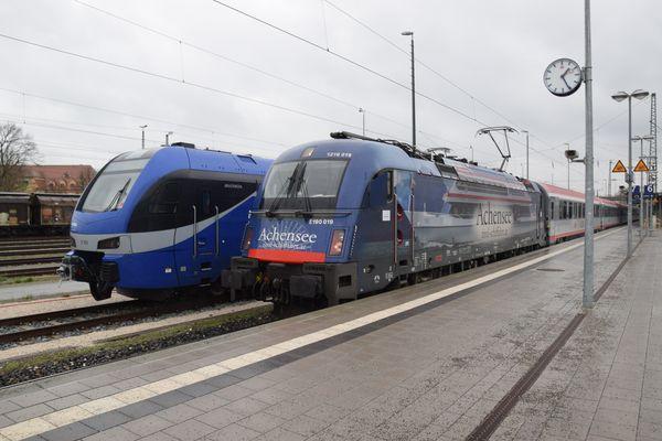 An Bahnhof von Rosenheim