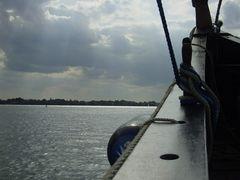 An Bord der  Kari 2
