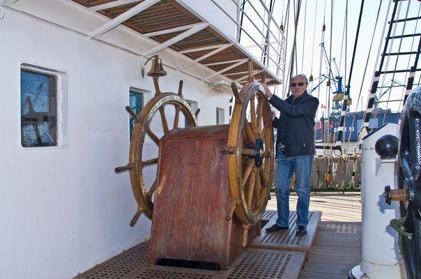 An Bord der Kruzenshtern