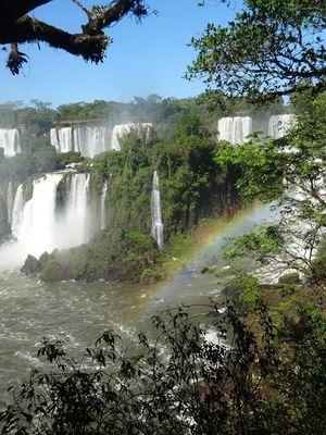 An den wunderschönen Wasserfällen von Iguazu