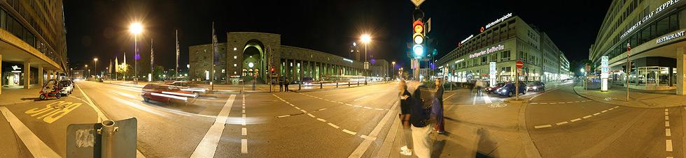 An der Ampel ... Hbf Stgt bei Nacht