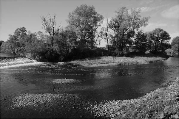 An der Biegung des Flusses