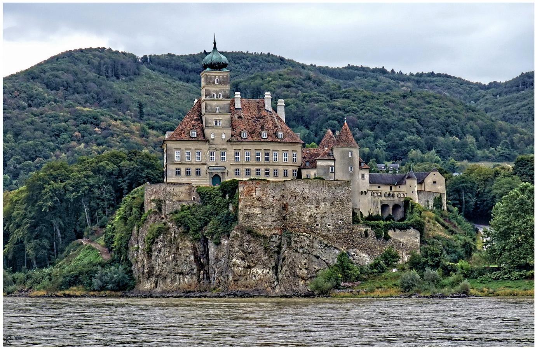 An der Donau - Schloß Schönbühel