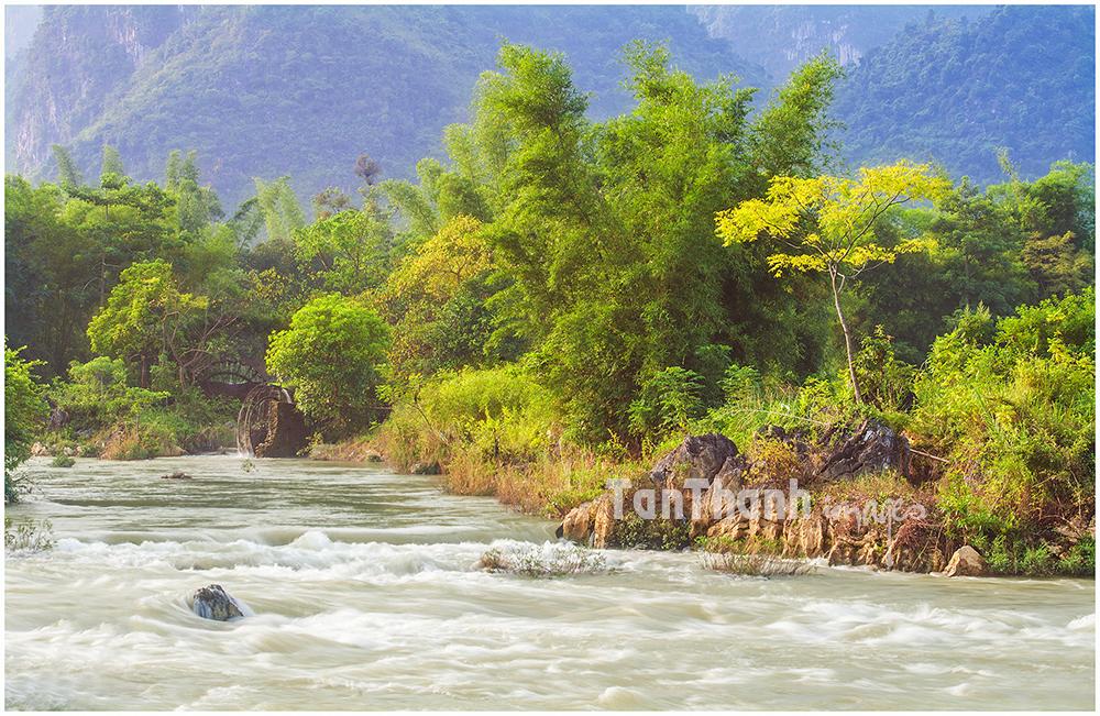 An der Grenze vom Nordvietnam