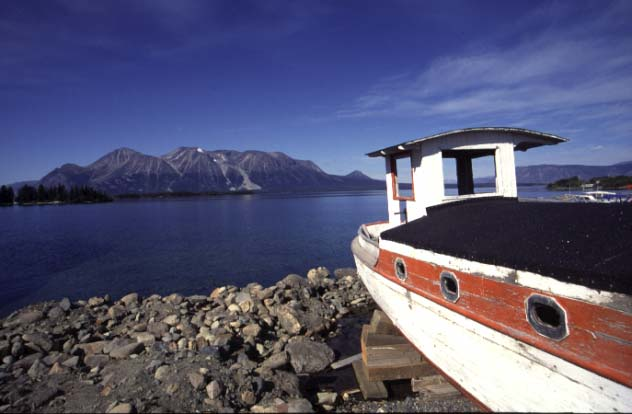An einem See in Alaska