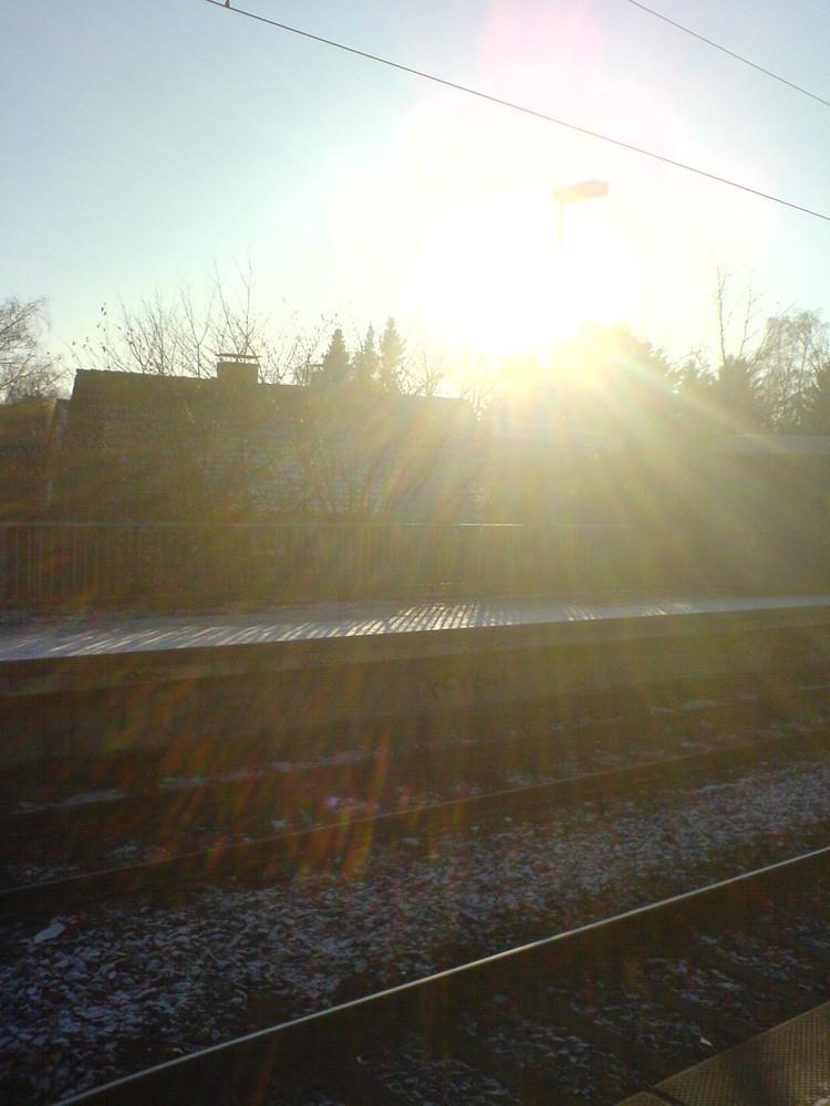 An unserm Bahnsteig