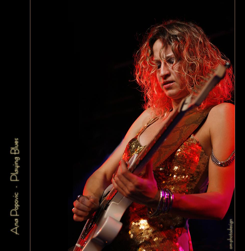 Ana Popovic - playing Blues