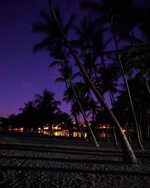 Anaehoomalu Bay night scene