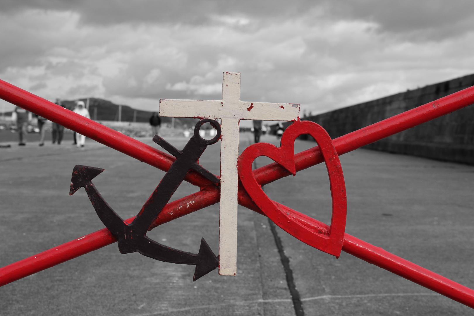 anchor & heard