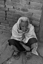 Anciana en Bugamati - Nepal