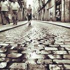 ancianos que caminan como jovenes y jovenes como ancianos.....