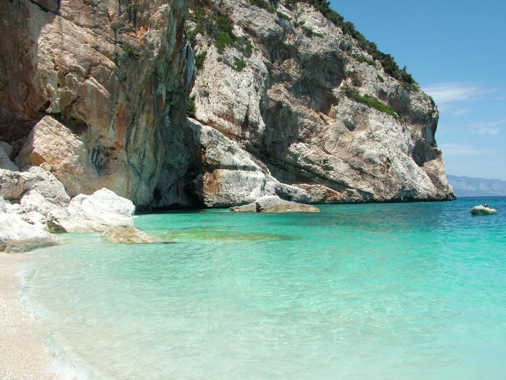 ancora la fantastica Sardegna! -Cala Mariolu-