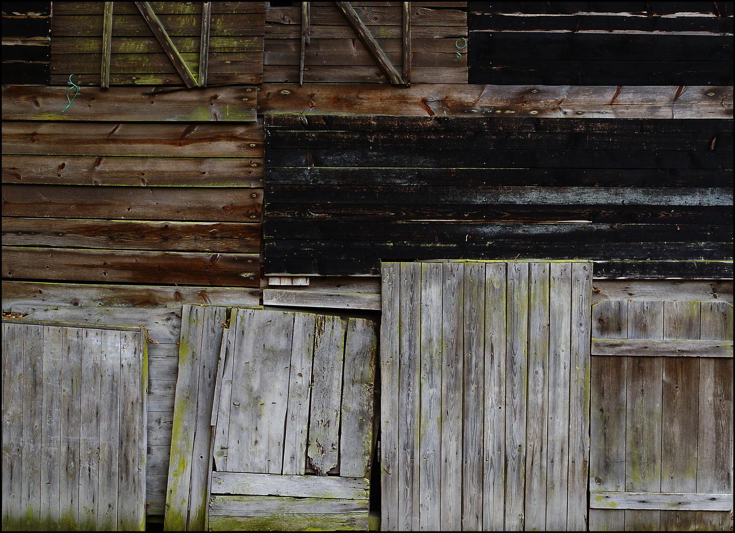 """... andere Seite des Holzschuppens """"von Tante Grete"""""""
