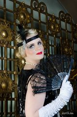 Aneka Keller - Charleston schwarzes Kleid