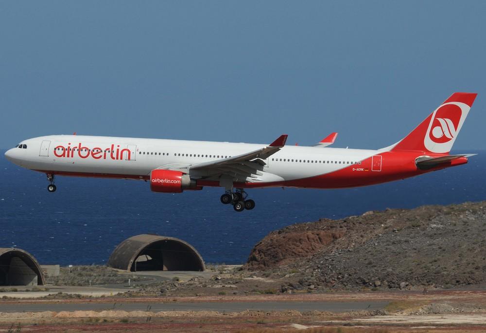 Anflug auf den Flughafen Gran Canaria