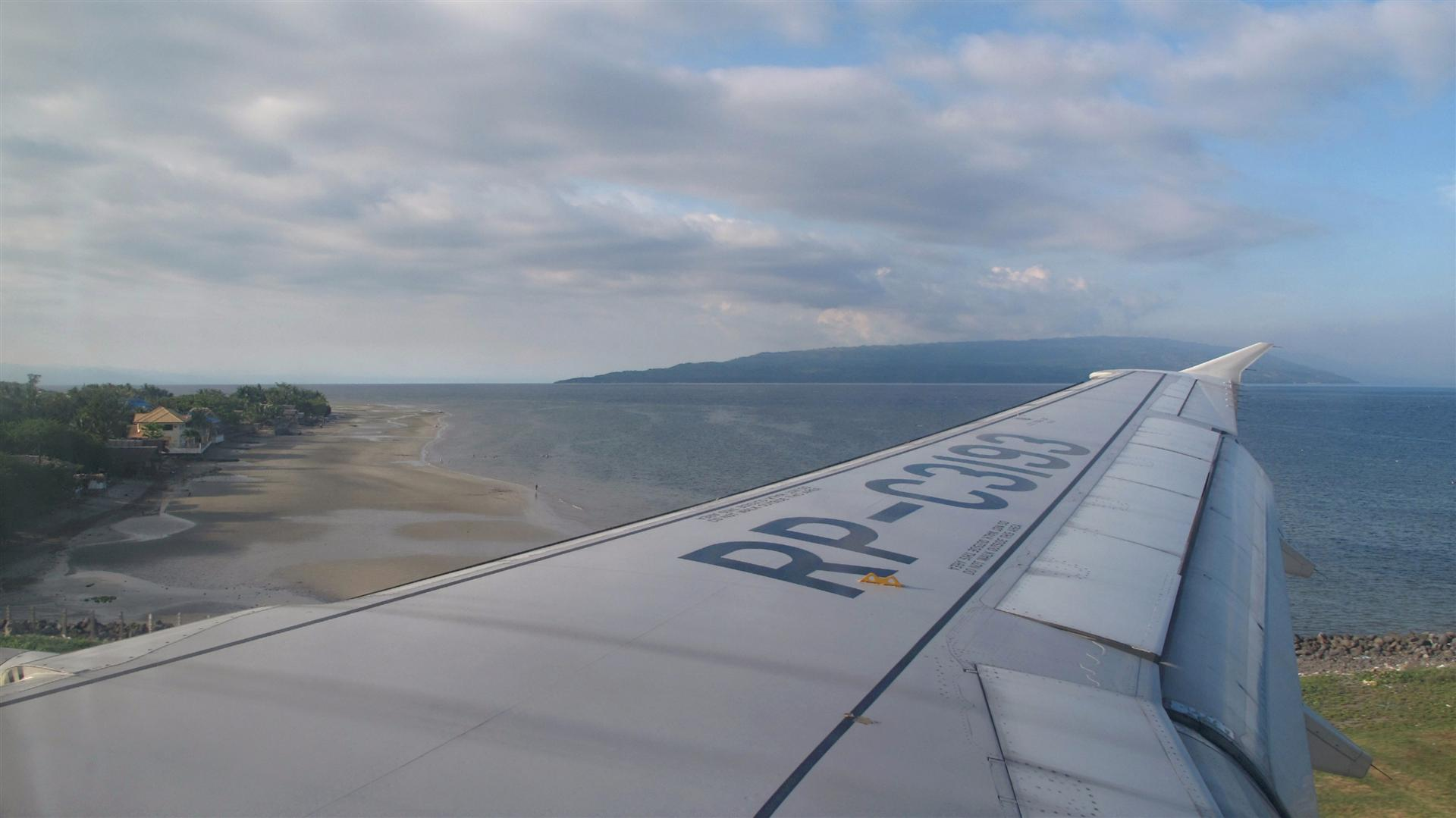 Anflug auf Dumaguete - 2